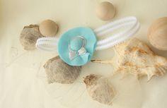 Miniaturowy kapelusik - opaska dziecięca na gumce w Monika Magdalena  na DaWanda.com