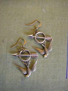 Hunger Games Earrings Mockingjay arrow by CHAiNGEthesubject, $13.00