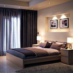 Draperiile ce nu lasă lumina să intre te pot ajuta să ai un somn mai liniștit.