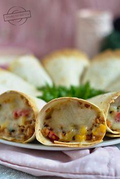 Zapiekane rożki z tortilli – Smaki na talerzu Impreza, Tacos, Food And Drink, Mexican, Ethnic Recipes, Mexicans