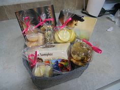 Gift basket for a book lover