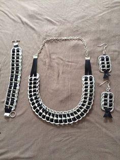 Upcycled Statement Bracelet - ECO C Wire Jewelry, Jewelry Crafts, Beaded Jewelry, Jewelery, Soda Tab Crafts, Can Tab Crafts, Tape Crafts, Recycled Jewelry, Handmade Jewelry