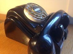 Téléphone Bakélite Art Deco Moderniste Streamline Design Vintage Atelier