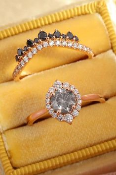 Of course! Look at the most popular black diamond engagement rings and try to choose the best one! Grey Diamond Engagement Ring, Engagement Ring Images, Gothic Engagement Ring, Round Diamond Engagement Rings, Tiffany Wedding Rings, Black Rings, Black Diamond Rings, Just In Case, Perfect Proposal