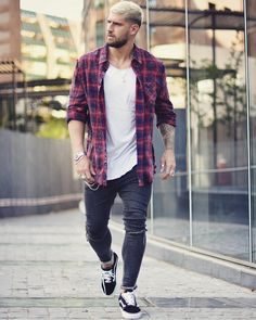 Image may contain: 1 person, standing, beard, shoes and outdoor Vans Outfit Men, Plaid Shirt Outfits, Casual Outfits, Men Casual, Dope Fashion, Mens Fashion, Chelsea Boots Outfit, Streetwear, Mens Clothing Styles