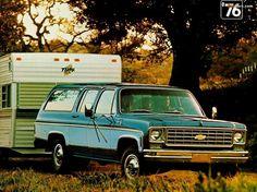Chevrolet Suburban 1975 #2