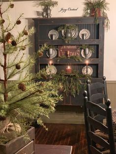 Christmas at the Casteel home, circa Beautiful! Primitive Christmas Decorating, Country Christmas Decorations, Prim Christmas, Christmas Ideas, Holiday Decor, Country Cupboard, Primitive Country, Primitive Decor, Williamsburg Christmas