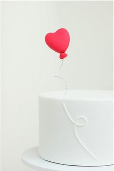 Heart Cake. Clever. SO CUTE! I would have the string be a different color too... :D