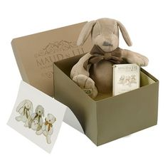 Baby Gift and Baby Shower Gift IdeaBeautifully gift boxed organic puppy dog soft toy. Comes with complimentary gift card which can have a special message written for you. Perfect for baby shower or newborn gift. Online Toy Stores, Toys Online, Baby Gift Box, New Baby Gifts, Baby Knot Hat, Cool Toys, Awesome Toys, Newborn Gifts, Baby Toys