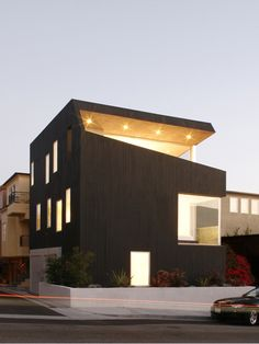 Surfhouse | Manhattan Beach, California |   XTEN Architecture