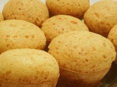 P�o de Queijo de Liquidificador - Veja mais em: http://www.cybercook.com.br/pao-de-queijo-de-liquidificador.html?codigo=5282