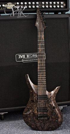 ViK Guitars