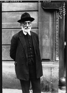 Miguel de Unamuno is my favorite author. He reminds you that life is no-one but your own's. So take decisions. Easier said then done. Yet, still worth fighting for it.