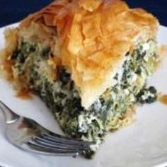 Greek Spinach Pie-- maybe use fat free feta and butter flavor cooking spray instead of butter. Healthy Pie Recipes, Greek Recipes, Veggie Recipes, Cooking Recipes, Healthy Food, Thanksgiving Recipes, Holiday Recipes, Dinner Recipes, Good Food