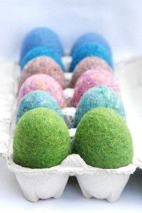 Love these felt Easter eggs, there are a bunch of great alternatives! http://www.celebrategreen.net/blog/easter/ecoegg