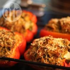 Morrones rellenos con quinoa y queso @ allrecipes.com.ar