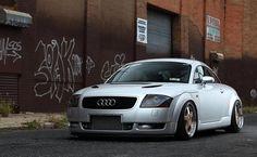 Audi TT added a new photo. Audi Cars, Audi Tt, Tt Tuning, Portrait Lighting, Mk1, Classic Cars, Type 3, Vehicles, Theater