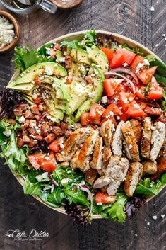 BLT Balsamic Chicken Avocado & Feta Salad… Heaven in a bowl? blt balsamic chicken avocado & feta salad is a delicious twist to a blt in salad form, with a balsamic dressing that… Avocado Chicken Salad, Feta Salad, Avocado Salads, Lentil Salad, Salad With Chicken, Bacon Avocado, Grilled Chicken Salad, Chicken Bacon, Green Chicken Salad Recipe