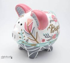 Boho Chic Feather Personalized Piggy Bank in Coral Mint Crafts For Girls, Arts And Crafts, Diy Crafts, Boho Chic, The Little Couple, Pig Bank, Personalized Piggy Bank, Money Box, Porcelain Ceramics
