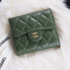 Chanel A82288-20 Classic Small Pocket Flap Wallet