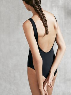 COS | Modern poolside silhouettes
