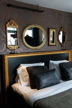 Condo Ideas Hollywood Regency Bedroom: Four gold mirrors hang above a gold and black headboard . Glam Bedroom, Home Bedroom, Modern Bedroom, Bedroom Decor, Bedroom Ideas, Bedroom Furniture, Bedroom Black, Black Furniture, Furniture Design