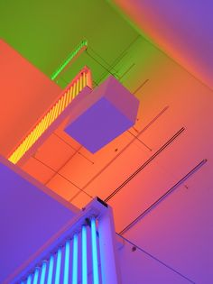 WUM: Miami took great visual delight with Carlos Cruz-Diez' installation at the Miami Art Museum Op Art, Light Colors, Colours, Neon Colors, Neon Nights, Neon Aesthetic, Light And Space, Exhibition, Light Installation