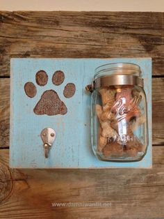 PAWesome Leash and Treat Holder by VintageFlairFurnish on Etsy | Could make something like this for all my friends who are dog lovers  Other Interesting Things for Pets: http://www.damniwantit.net/category/pets/