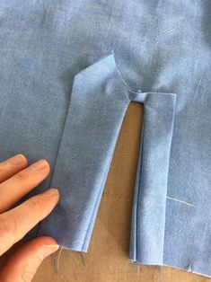 sewing techniques couture How to Sew Professional Sleeve Plackets - Threads Digital Ambassador Peter Lappin writes about how to create a professional sleeve placket.Exceptional 15 sewing tutorials tips are readily available on our web pages. Check it Beginner Sewing Projects, Sewing For Beginners, Sewing Hacks, Sewing Tutorials, Sewing Tips, Sewing Lessons, Techniques Couture, Sewing Techniques, Formation Couture