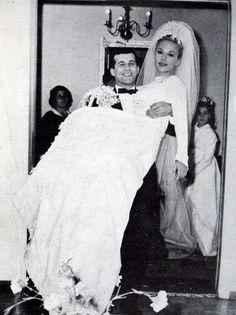 Aliki Vougiouklaki Retro Weddings, Vintage Wedding Photos, Bride Gowns, Wedding Vows, Beautiful Actresses, Celebrity Weddings, Horror Movies, Movie Stars, Famous People