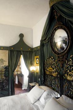 Napoleon Room in the Papal Villa - Relais La Suvera, Tuscany