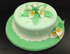 Calla lily cake I made in Wilton course 3 Calla Lily Cake, Wilton Cake Decorating, Engagement Cakes, Wilton Cakes, Cake Stuff, Trifles, Cupcake Ideas, Gum Paste, Cheesecakes