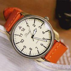 I like the color :) Men Watch - Leather Men Wrist Watch