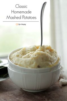 The very best homemade mashed potato recipe. No processed ingredients or boxes, all real ingredients!!