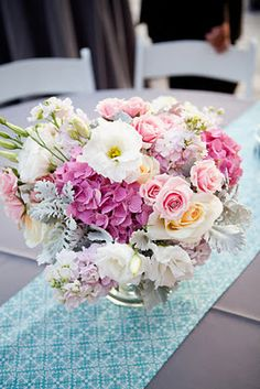 verbena floral design -love the pattern under the flowers