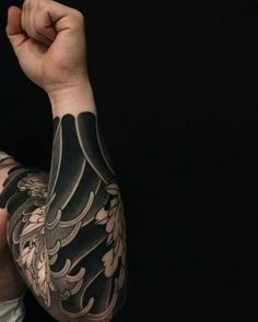 Japanese Tattoos For Men, Traditional Japanese Tattoos, Japanese Sleeve Tattoos, Tatuajes Irezumi, Irezumi Tattoos, Him And Her Tattoos, Tattoos For Guys, Cover Up Tattoos, Body Art Tattoos