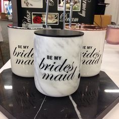 #bemybridesmaid #bestfriends Have you been searching for these candles for your bridesmaids? Contact me at pearlessencecandles@gmail.com.  #weddingexposaustralia #rosehillgardens #carraraluxury #carraramarble #sydney #soy #weddings #weddingcandles #rosegold #pearlessence #instalike #pearlessencecandles #luxury #engaged