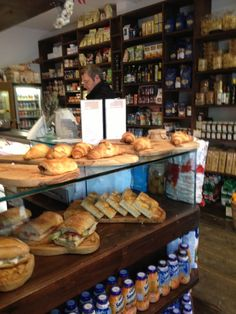 La Piccola Dely in City of Westminster, Greater London Maida Vale, Sandwich Shops, Greater London, Coffee And Books, Deli, Coffee Shop, Picnic, Restaurant Ideas, Westminster