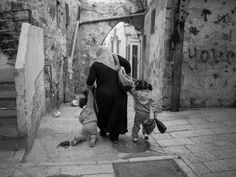 "https://flic.kr/p/dUrXer | ""Leave me behind, I can't make it"", Muslim Quarter - Jerusalem 