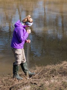 wagner named twri deputy director of engagement   where we work    gitter uses a secchi transparency tube to determine the clariy of the water  photo essay  water monitoring on the navasota river   texas water resources