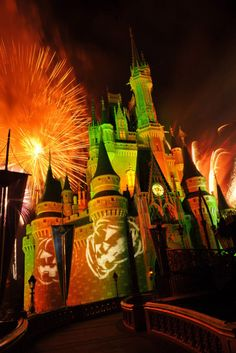 """Disneyworld Castle during Halloween.. """"Mickey's Not So Scary Halloween Party"""" I CAN NOT WAIT!! @Chris Grantham Gray"""