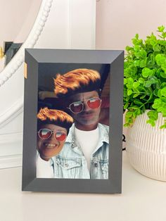 My Savvy Review Of The Nixplay Smart Photo Frame 10.1 inch Touch @nixplay ~