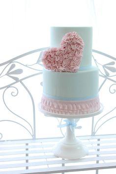 ruffle and heart cake; simplicity