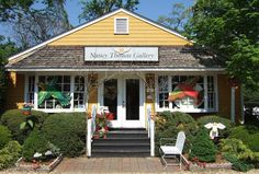 Nancy Thomas Gallery in York Town,VA - worth the trip from California!!!