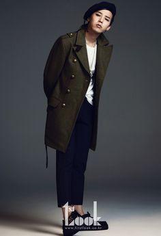 Big Bang G-Dragon - Look Magazine October Issue 2ne1, Btob, G Dragon Fashion, G Dragon Top, Bigbang G Dragon, Military Looks, Culture Pop, Look Magazine, Glamour Photo