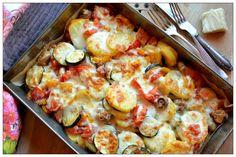 Kopytka z chorizo Good Food, Yummy Food, Polish Recipes, Polish Food, Cauliflower, Casserole, Dinner Recipes, Brunch, Food And Drink