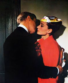 Audrey Hepburn and George Peppard in Breakfast at Tiffany's, 1961 George Peppard, Classic Hollywood, Old Hollywood, Movie Stars, Movie Tv, Divas, Blake Edwards, My Sun And Stars, Actrices Hollywood