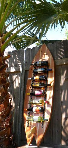 Surfboard Wine Rack, could use any type of board.Danielle I thought of you when I saw this. Surfboard Wine Rack, could use any type of board.Danielle I thought of you when I saw this. Surfboard Decor, Surf Decor, Beach Cottage Style, Beach House Decor, Home Decor, Decoration Surf, Style Surf, Surf House, Surf Shack