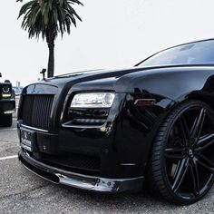 Pulling up in the murdered RR. Courtesy of: @mrgoodlife.co © @platinum_group  #StayGold