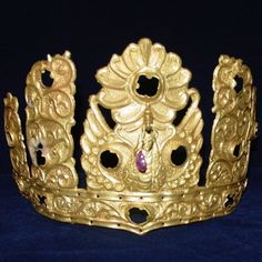 MONGOLIA - BILGE-KHAN'S CROWN - ca. 715 A.D. : From the Bilge Khan Memorial - located in the Tsaidam Valley Lake along the western part of the Orkhon River in Mongolia, Bilge Khan or Piqie Khan (also Arslan Bilgä Khagan), personal name Ashina Mojilyan, was one of the most powerful emperors of the Göktürk Empire. Bilge's empire spanned vast steppes from the Caspian Sea to Manchuria; he also invaded the western sections of the Chinese territories. Mogilyan, son of the Turkic Khan Ilteris, was ...